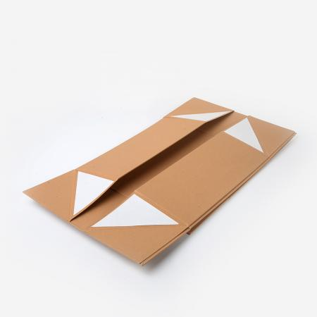 Kraft Paper Gift Box With Magnetic Closure Lid wholesale